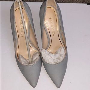 Blue Gray suede pumps by Enzo angiolini!